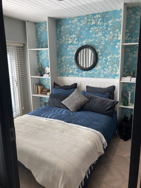 寝室 洋室